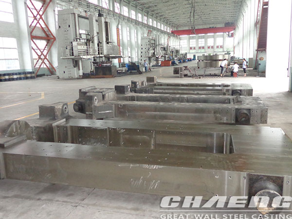 Steel roll mill housing